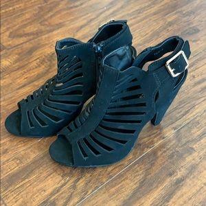 Top Moda Black Bootie Sandal Heals